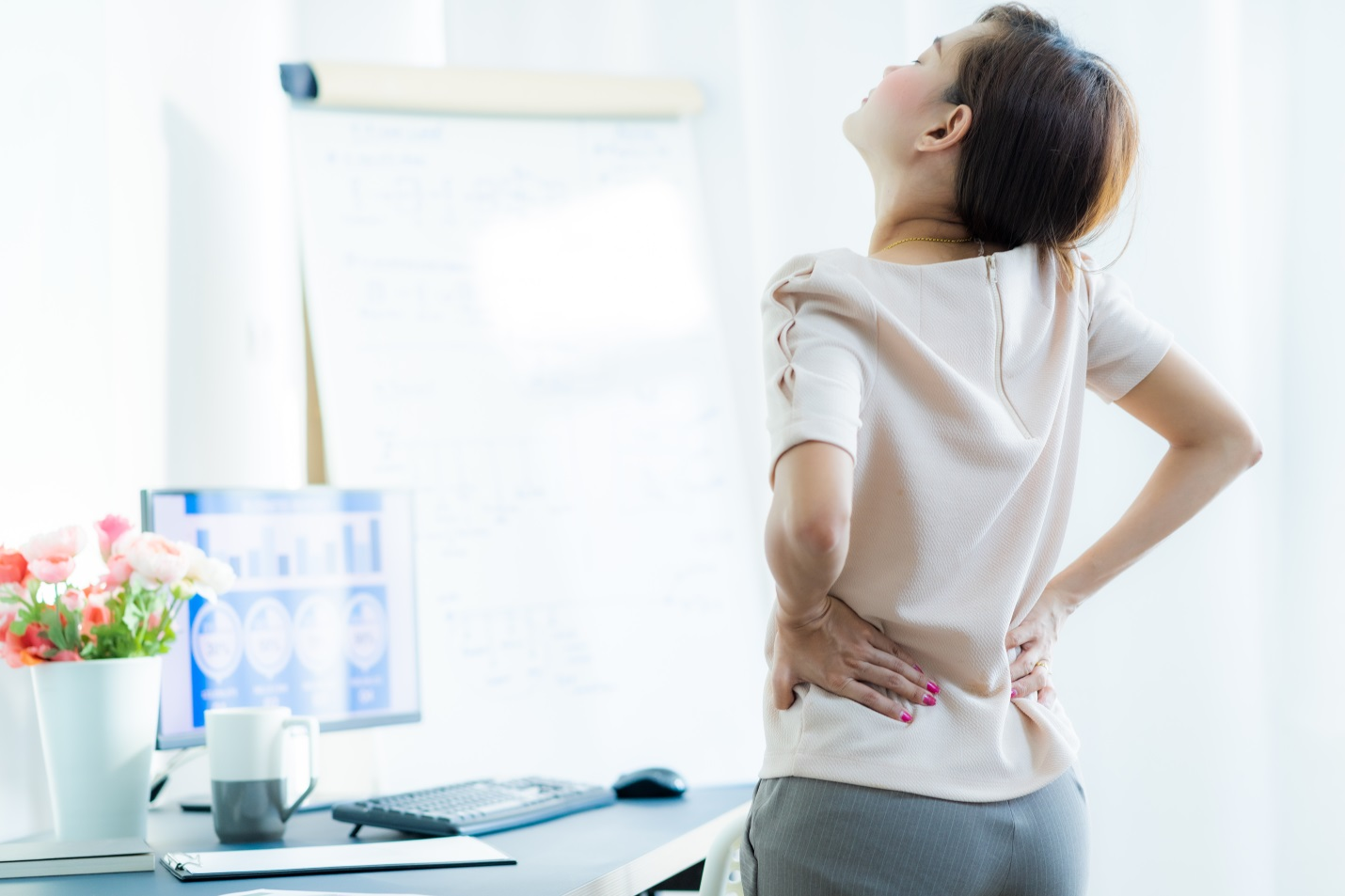 5 Hal yang Bisa Bantu Kurangi Sakit Punggung Selama WFH