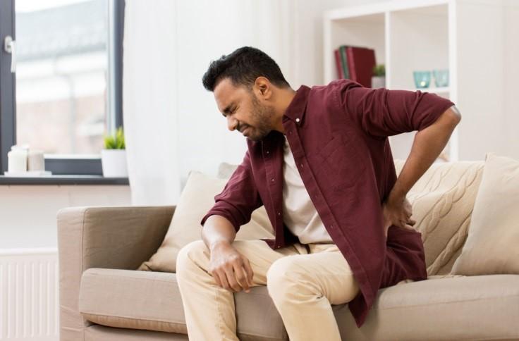 Penyebab Sakit Pinggang Pada Usia Produktif