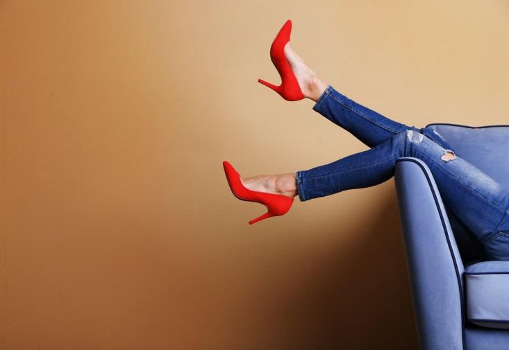 Sering Pakai Heels? Hindari Nyeri Otot dengan Cara Ini