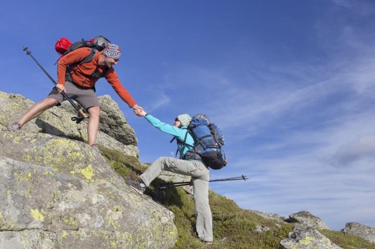 Siapkan Ini Sebelum Anda Mendaki Gunung