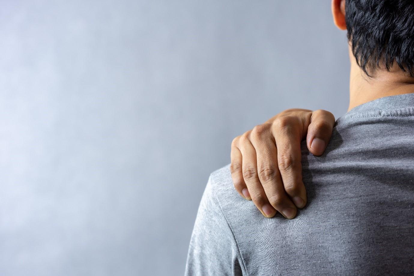 Wajib Dicoba, Ini 5 Gerakan Ringan untuk Atasi Sakit Pundak dan Leher